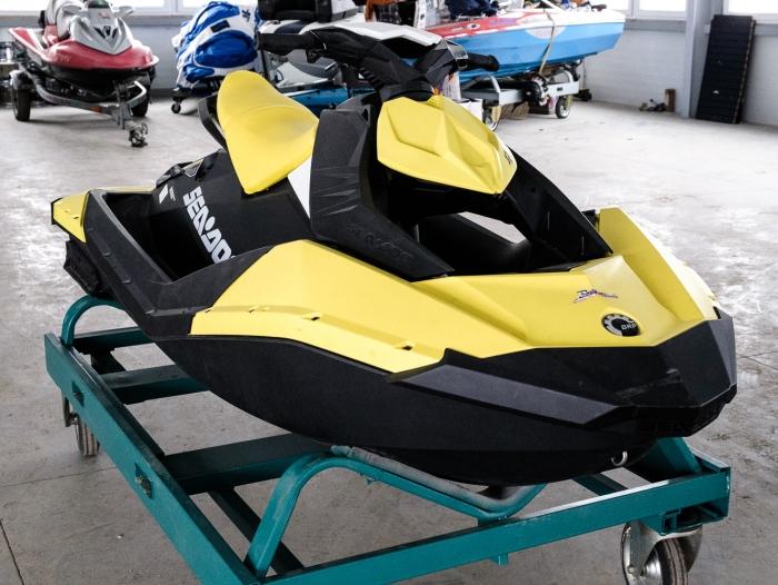 vodny skuter SeaDoo Spark